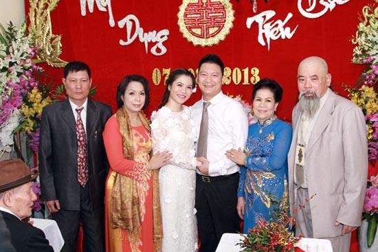 Những khoảnh khắc đặc biệt của Sao Việt và mẹ chồng 11