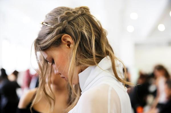 Tự thực hiện 3 kiểu tóc dịu dàng cho mùa thu 18