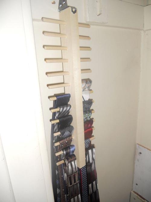 Mẹo xếp đồ trong tủ quần áo quá nhỏ 13