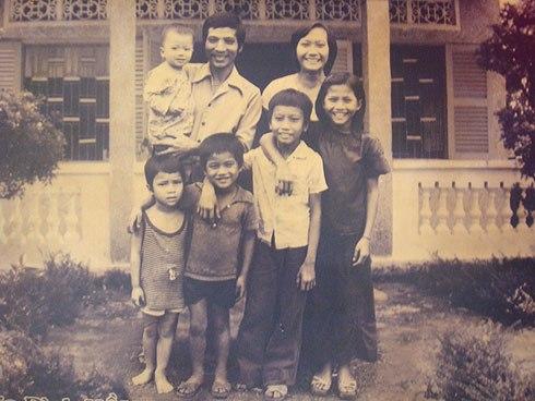 Gánh hát gia đình Hồng Ngọc thuở xưa 1