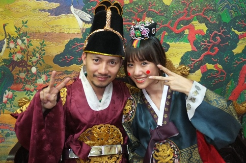 Người đẹp Hàn Quốc từ bỏ 20 tỉ để làm bạn gái Đinh Tiến Đạt 9