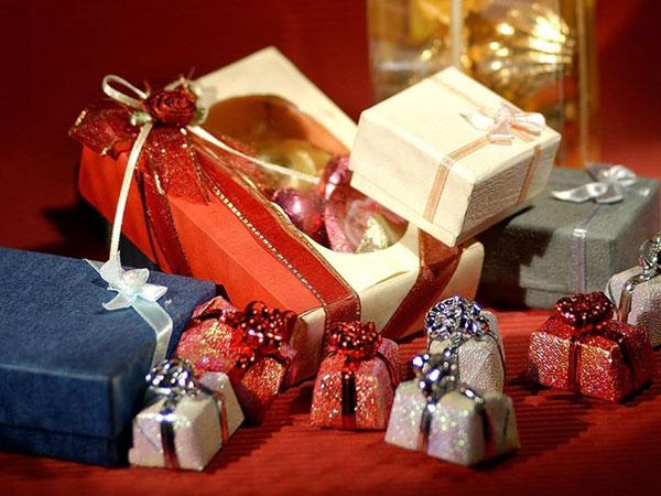 Phụ nữ thích được tặng quà gì nhất? 3