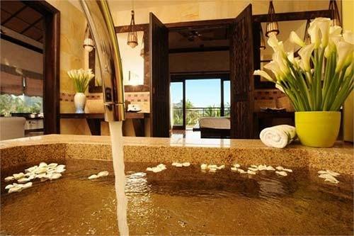 Nhà vườn, resort triệu đô của gia đình Á hậu Thiên Lý 6