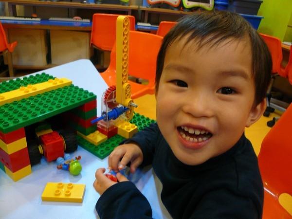 Mách mẹ 10 trò chơi kích thích trí thông minh cho bé 1- 3 tuổi 2