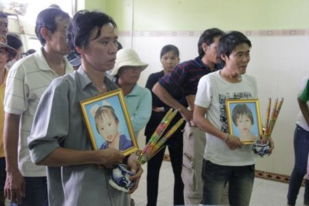 Thắt lòng trước gia cảnh của 3 đứa trẻ chết thảm khi tắm sông 1