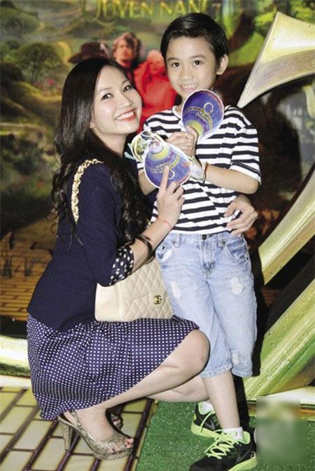 Thời trang sành điệu của nhóc tì nhà sao Việt (2) 6