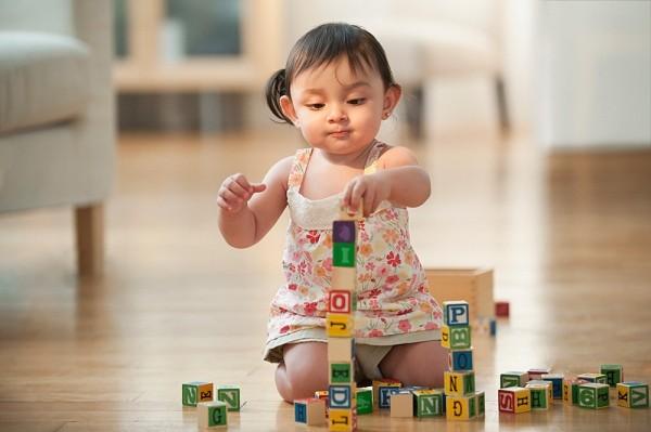 8 trò chơi mẹ có thể dạy bé học chữ từ sớm 1