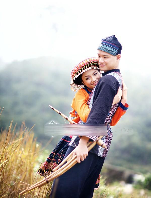 Ảnh cưới độc đáo của các cặp vợ chồng sao Việt 20