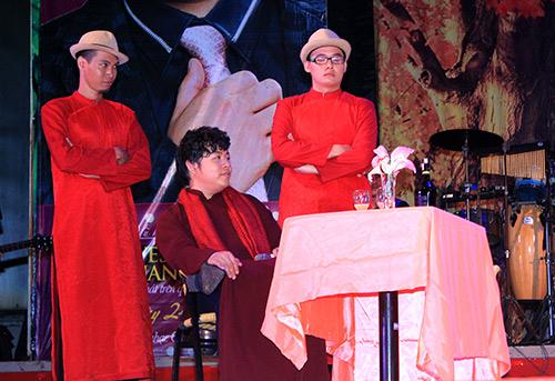 Quang Lê tặng fan nữ một nụ hôn ngọt ngào trên sân khấu 7