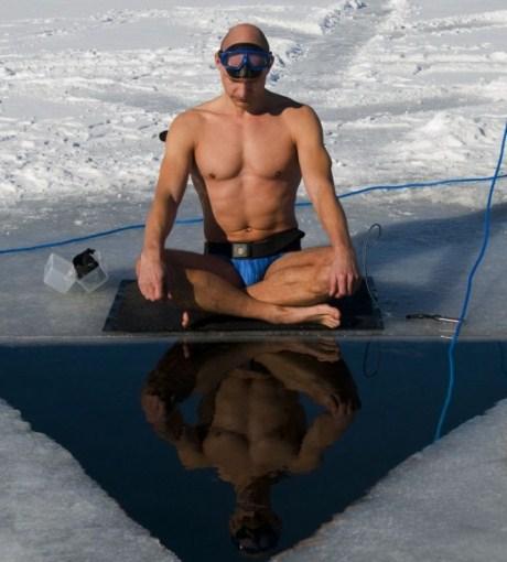Kỳ lạ người đàn ông có thể nín thở 22 phút dưới nước 2