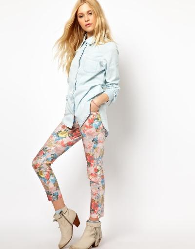 Bí kíp mặc quần bò nữ in hoa đẹp đúng điệu 10