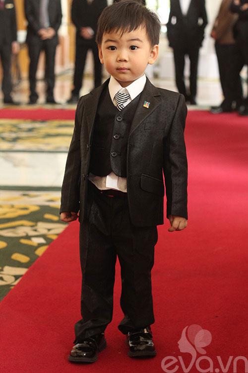 Ngắm hoàng tử bé trong đám cưới Á hậu Thùy Trang 4