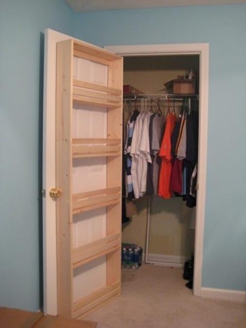 Mẹo xếp đồ trong tủ quần áo quá nhỏ 6