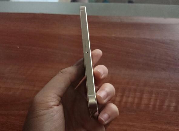 iPhone 5S đầu tiên tại Sài Gòn được bán với giá 52 triệu 4