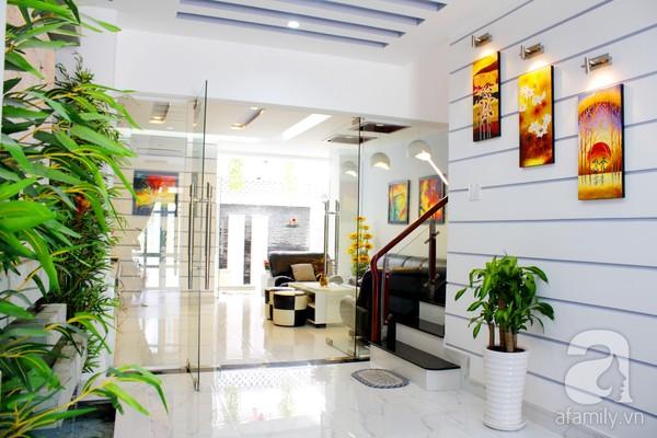 Mát mắt với ngôi nhà ngập sắc trắng tại Nhà Bè, TP Hồ Chí Minh 2