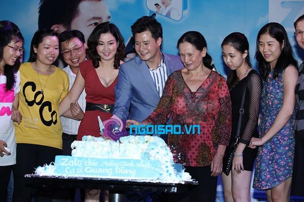 Mẹ Quang Dũng lần đầu xuất hiện trong tiệc sinh nhật sớm của anh 10