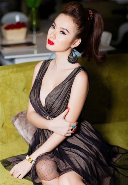Tiền và tình trong showbiz Việt 2