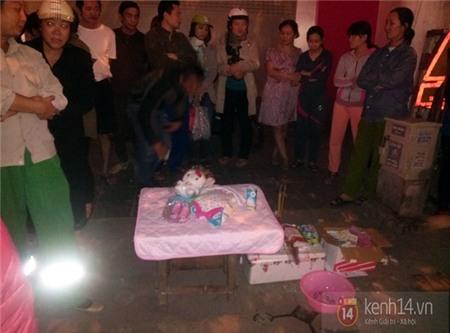 Hà Nội: Bàng hoàng phát hiện xác trẻ sơ sinh đẻ non bị vứt trên hè phố 2