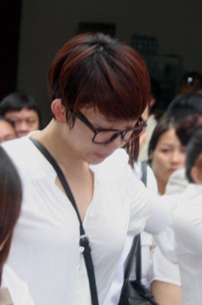 Gia đình và bạn bè đẫm lệ đưa tiễn Wanbi Tuấn Anh 7
