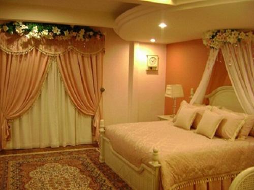 Để hôn nhân mỹ mãn, phải xem giường cưới 2
