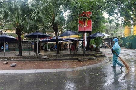 Hà Nội xáo trộn vì bão Haiyan 14
