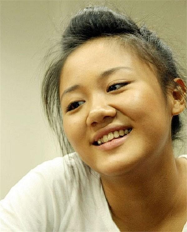 Hành trình 'thôn nữ' béo tròn đến gợi cảm của Văn Mai Hương 7