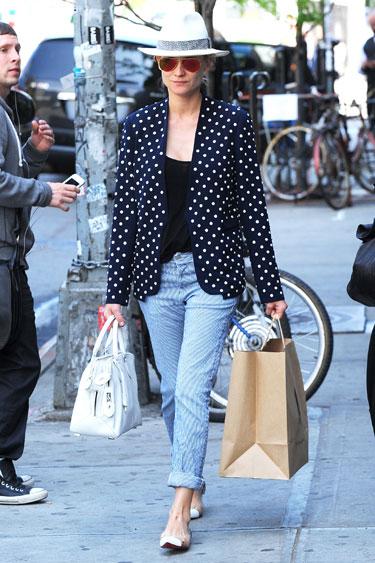 Học cách mặc quần jean nữ đẹp như sao Hollywood 9