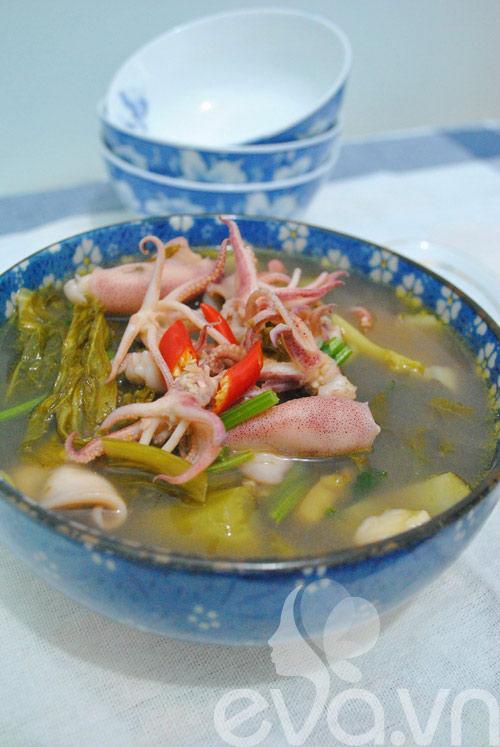 4 món canh dưa chua nóng hổi 2