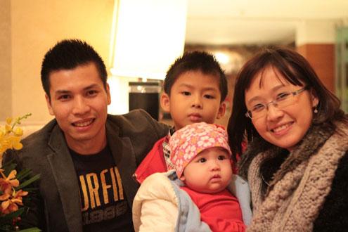 Gia đình hạnh phúc của nữ Phó giáo sư trẻ nhất 2013 1