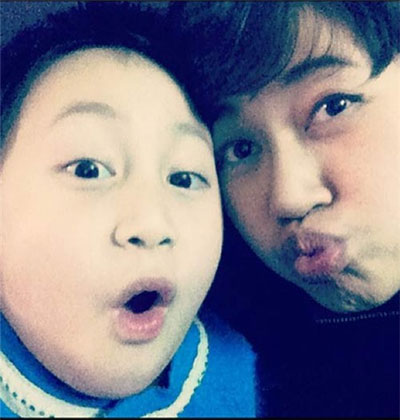 """""""Ngó"""" con trai 7 tuổi của Khánh Linh 8"""