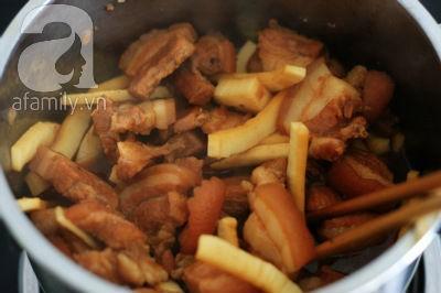Thịt ba chỉ kho dừa - vị ngon thân thuộc 10