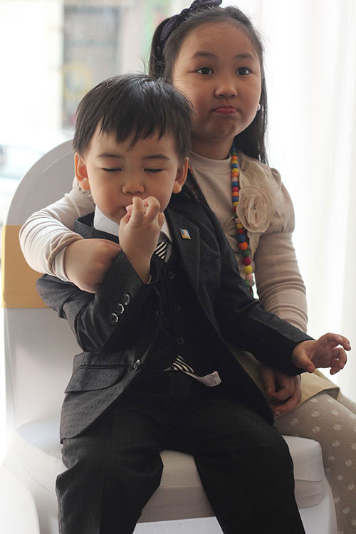 Ngắm hoàng tử bé trong đám cưới Á hậu Thùy Trang 1