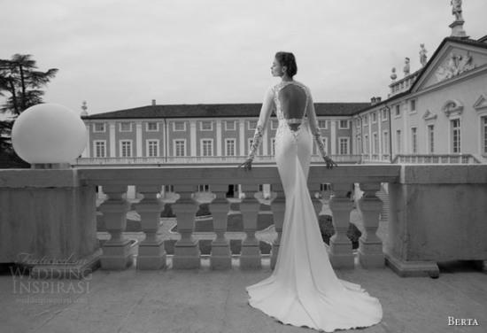 Những mẫu váy cưới dài tay đẹp đến khó tin 21