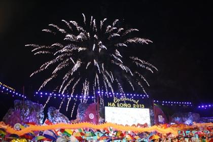 Ngắm hình ảnh rực rỡ tại lễ hội Carnaval Hạ Long 2013 20