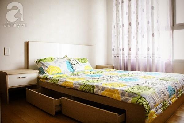 Ngắm căn hộ sang trọng với nội thất tông trầm ở TP Hồ Chí Minh 15