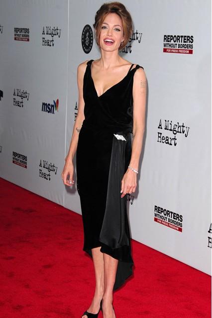 Gu thời trang đáng nhớ của Angelina Jolie 9