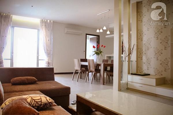 Ngắm căn hộ sang trọng với nội thất tông trầm ở TP Hồ Chí Minh 2