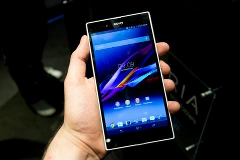 """Những smartphone khuyến mại """"khủng"""" cuối năm 5"""