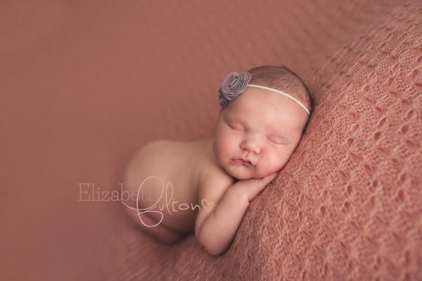 Ngắm những khoảnh khắc vô cùng bình yên khi bé sơ sinh ngủ 16