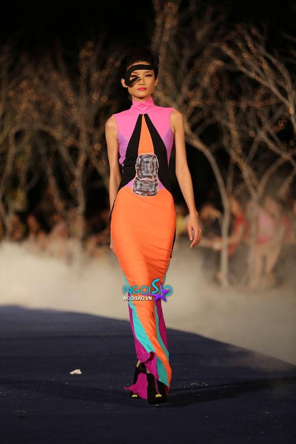 Hoa hậu Thùy Dung, Diễm Hương quyến rũ trong trang phục màu sắc 6