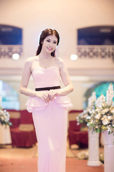 Hoa hậu Ngọc Hân ngày càng đẹp và trắng 3