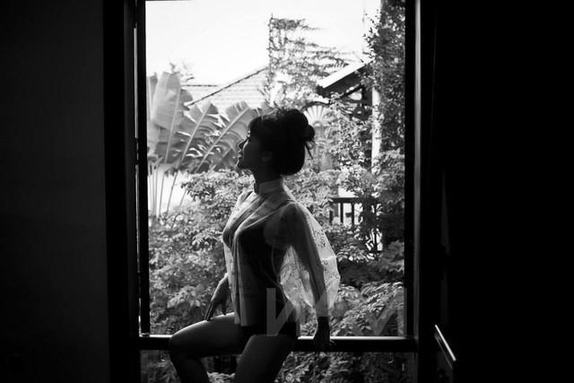 Phát sốt với ảnh mặc nội y sexy của Hồng Nhung 3