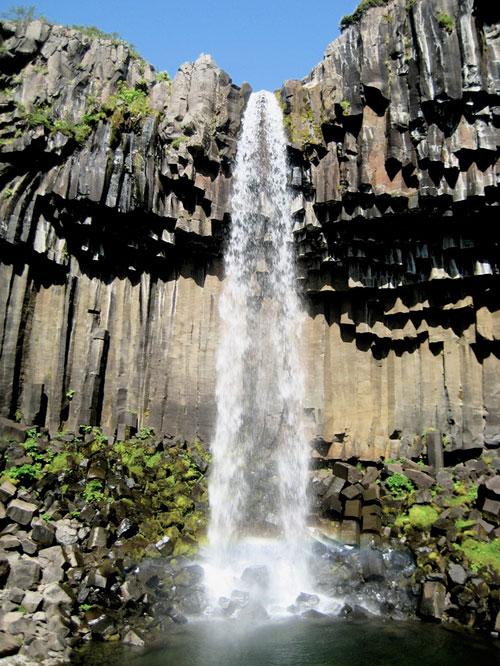 """Những thác nước """"kỳ lạ"""" nhất thế giới 9"""