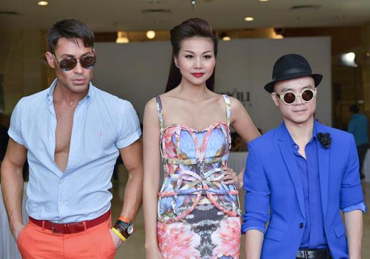 Thanh Hằng diện váy 3D đi chấm casting 7
