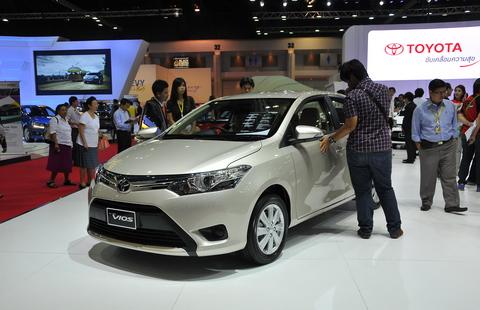 Toyota Vios 2013 có màn hình cảm ứng 1