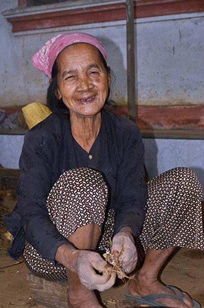 Sợ nghèo, cả thôn quyết không sinh con thứ ba 2
