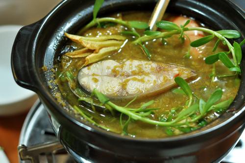 Lẩu mắm hải sản thơm nức mũi phố Phan Chu Trinh 7