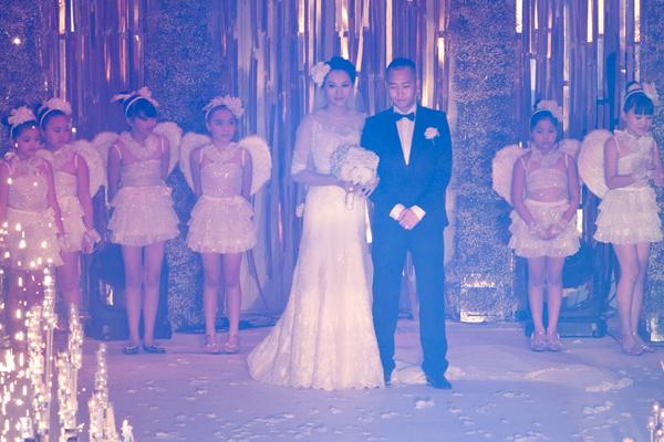 5 chi phí xa xỉ cho hôn lễ lung linh của Ngọc Thạch 6