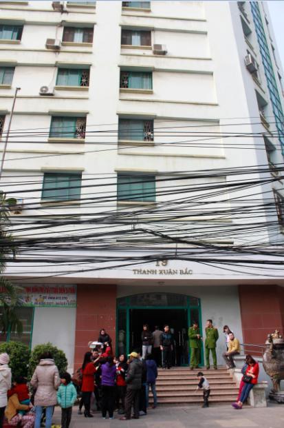 Cháy ở chung cư 17 tầng Thanh Xuân Bắc, 1 người nhập viện 2