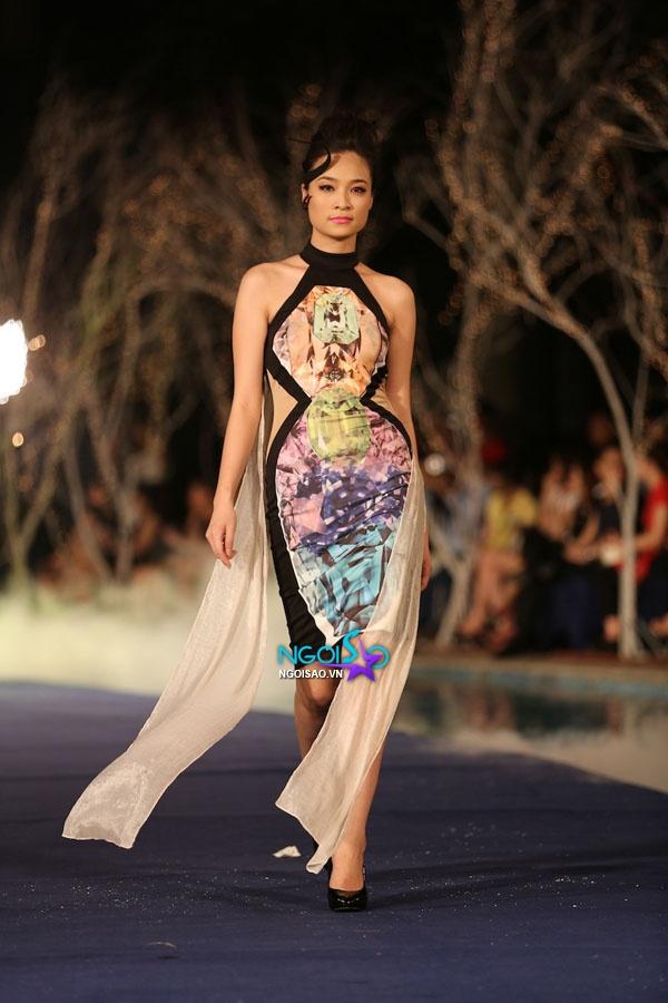 Hoa hậu Thùy Dung, Diễm Hương quyến rũ trong trang phục màu sắc 17